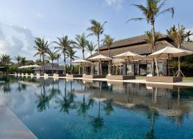 یک هتل شگفت انگیز در باغ های گرمسیری بالی